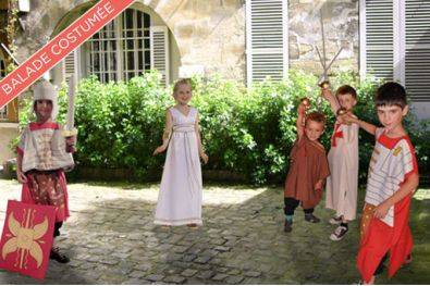 Private costumed tour: Paris at the time of Gauls and Romans